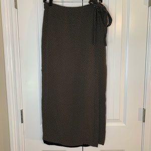 Banana Republic Black Cream Wraparound Maxi Skirt